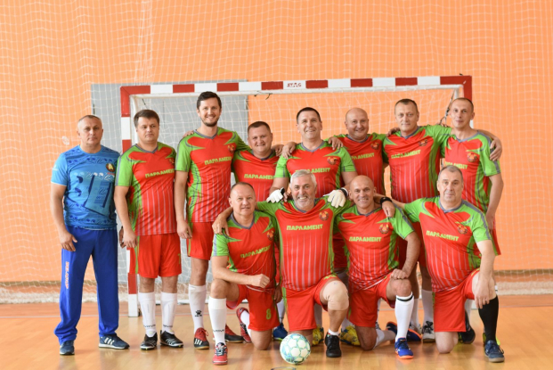 В составе сборной команды Палаты представителей Национального собрания Республики Беларусь на товарищеском матче по футболу с командой Ушачского района Витебской области, 14 сентября 2021 года.